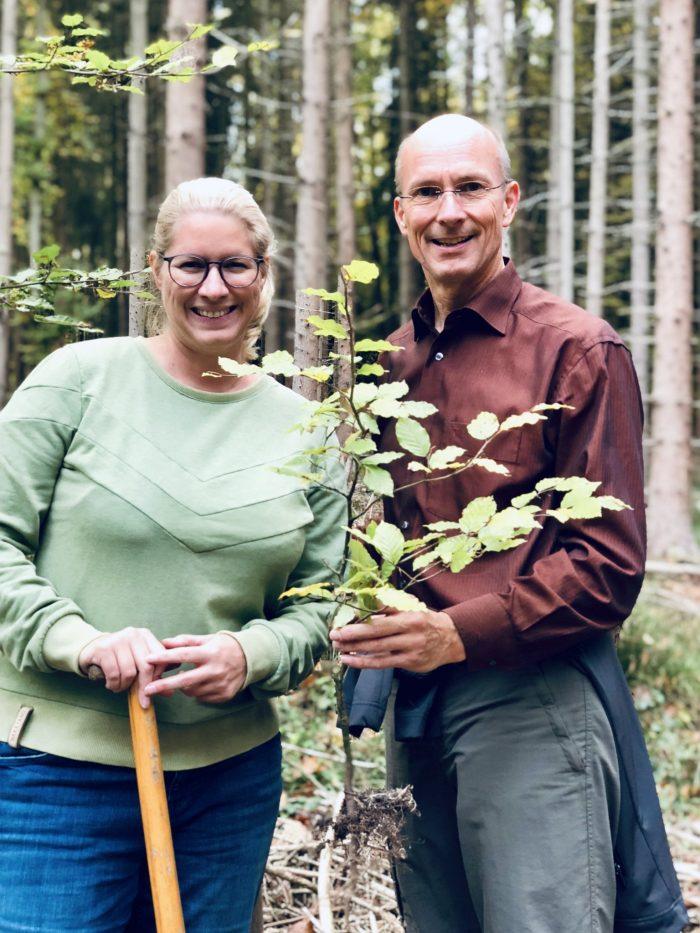 800 Bäume für 800 Jahre